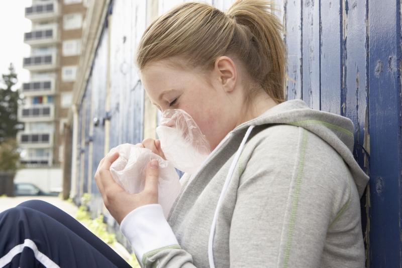 sniffe snifning af opløsningsmidler og stoffer